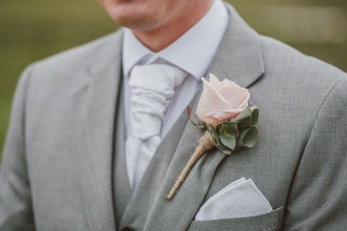 Chú rể 'tự biên tự diễn' một màn bắt cóc để trốn tránh lễ cưới.