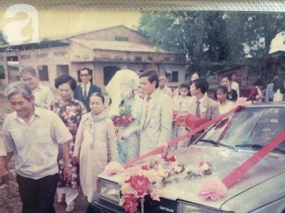 Ảnh cưới của ba mẹ Anh Khuê.