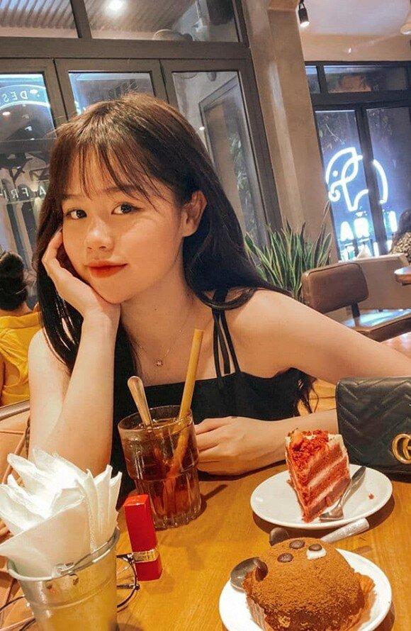 Chịu không nổi áp lực từ anti-fan, bạn gái Quang Hải đã quyết định làm điều này 1