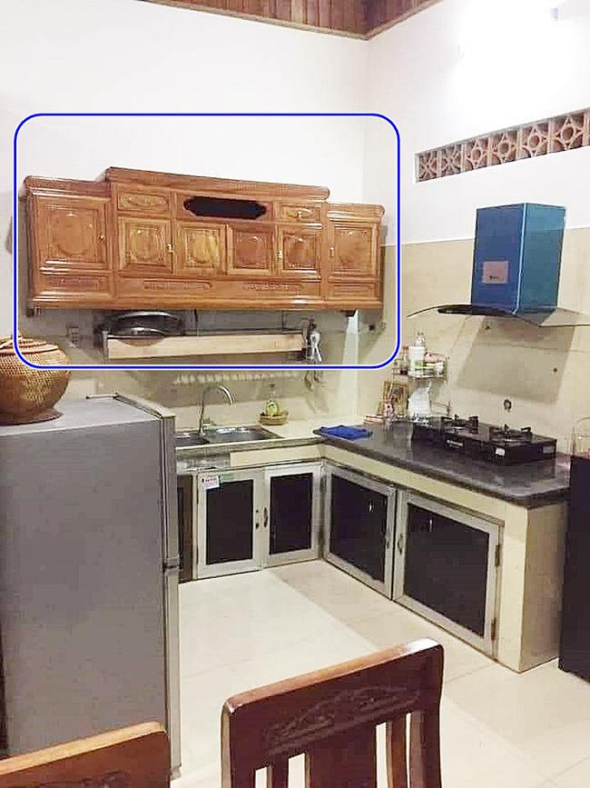 Pha thiết kế nội thất 'đi vào lòng đất': Đặt chiếc kệ tivi ở phòng khách, nhưng lại mang vô nhà bếp treo lên tường làm tủ để chén 0