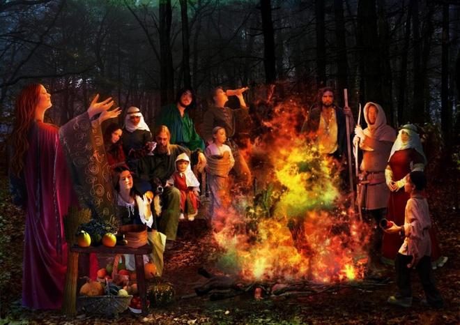 Nguồn gốc Halloween và những phong tục bị lãng quên: Soi gương lúc nửa đêm để thấy mặt chồng tương lai 4