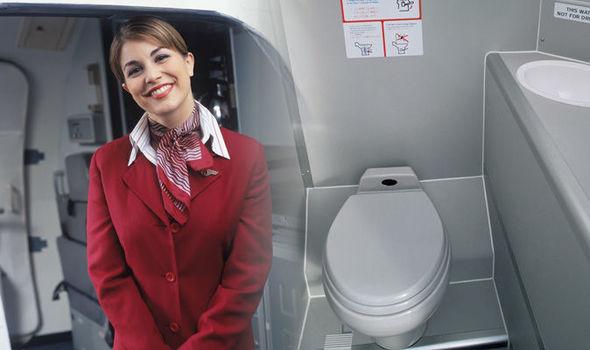 Tiếp viên hàng không tiết lộ 'thời điểm vàng' để đi vệ sinh trên máy bay khiến ai nấy ngã ngửa, hóa ra chẳng phải 'cứ buồn là xả' 0