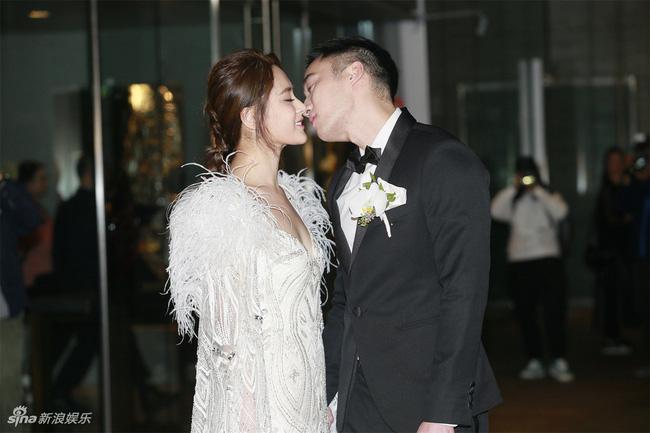 Dàn khách mời đẳng cấp trong đám cưới Chung Hân Đồng: Từ ái nữ của ông trùm sòng bạc cho tới loạt sao hạng A 1