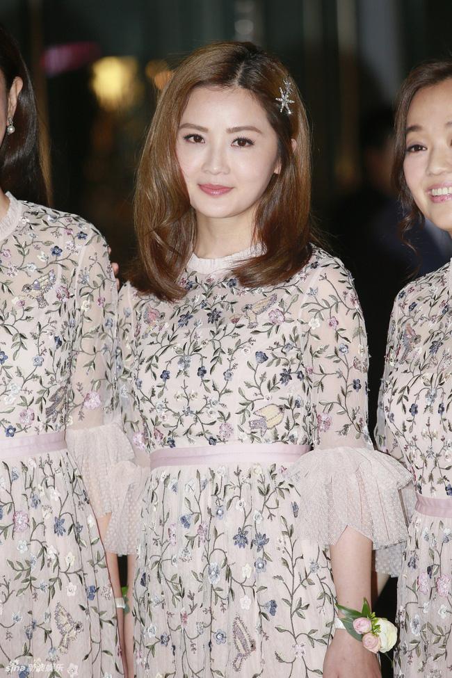 Dàn khách mời đẳng cấp trong đám cưới Chung Hân Đồng: Từ ái nữ của ông trùm sòng bạc cho tới loạt sao hạng A 3