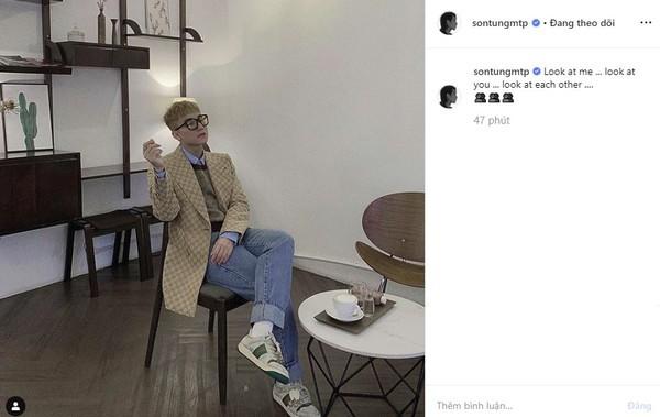 Dòng trạng thái có lời bài hát của nhóm nhạc BlackPink và hình ảnh được Sơn Tùng đăng tải trên trang Instagram cá nhân.