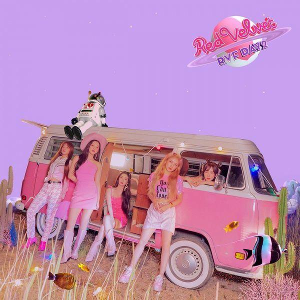 Red Velvet mang đến giai điệu vui tươi và rộn ràng trong sản phẩm comeback lần này.