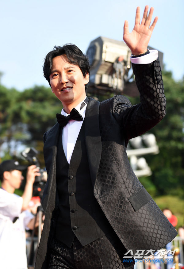 Thảm đỏ 'Seoul International Drama Awards 2019': Trương Ngọc Ánh - Anh Dũng độ sắc Jang Nara và Ji Chang Wook 11