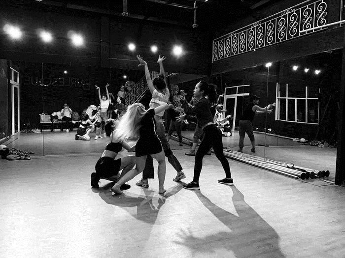 Ninh Dương Lan Ngọc miệt mài tập vũ đạo: Vừa để diễn tại đám cưới Đông Nhi, vừa để chuẩn bị ra mắt MV mới? 0