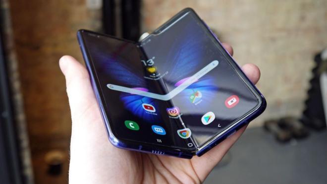 Mới năm 2020, nhưng bạn có tò mò smartphone sẽ ra sao vào năm 2030? 0