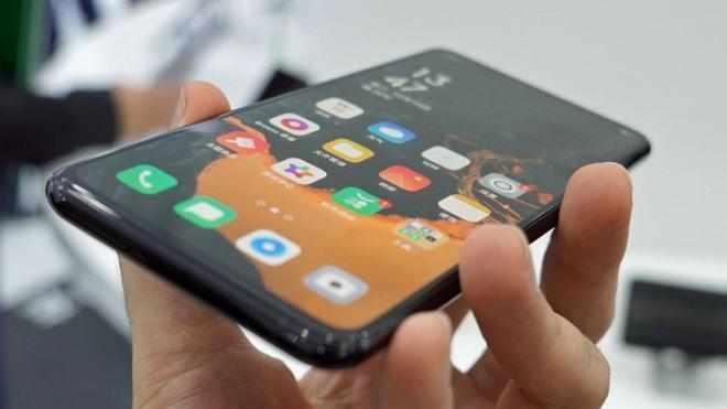 Mới năm 2020, nhưng bạn có tò mò smartphone sẽ ra sao vào năm 2030? 3