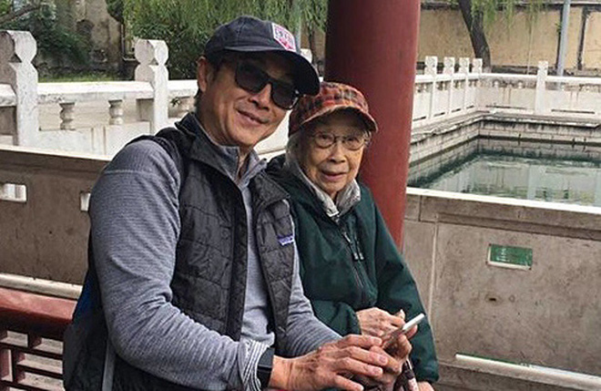 Tài tử 'Lộc đỉnh ký': 40 năm cống hiến cho nghệ thuật, tuổi 70 già yếu, bệnh tật 6