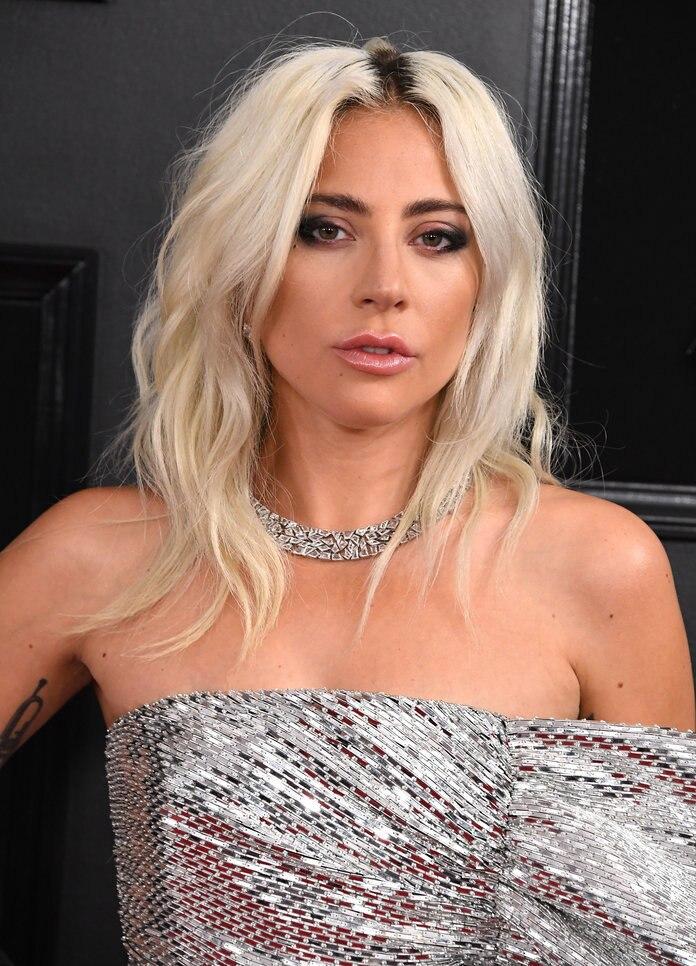 Tuy nhiên lại bất ngờ lên tiếng về thông tin 'bắt tay' với Lady Gaga.