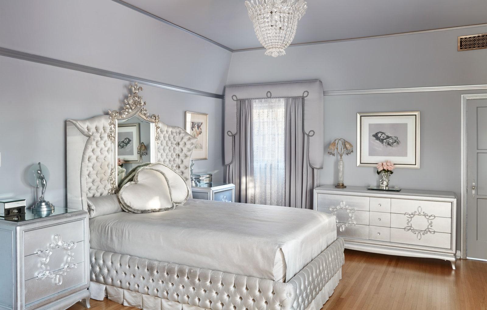 Ngôi nhà đẹp như trong cổ tích của mỹ nhân đắt giá nhất Hollywood 9