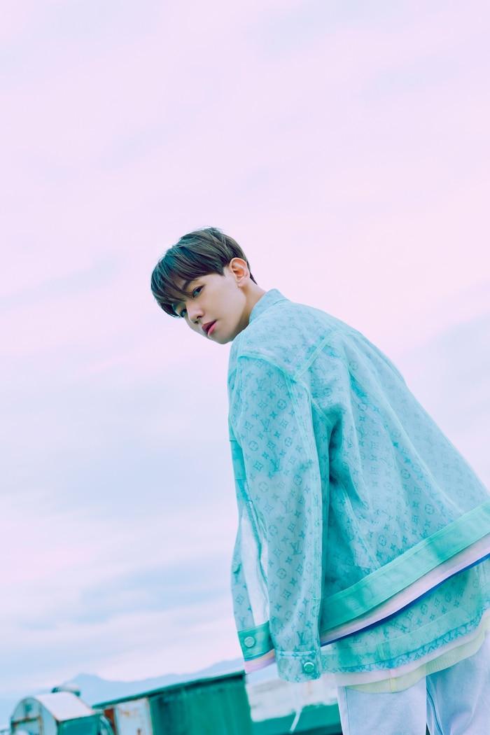 Chán hờ hững, bí ẩn, Baekhyun (EXO) 'hack tuổi' với concept pyjama tinh nghịch trong loạt ảnh teaser comeback solo 6