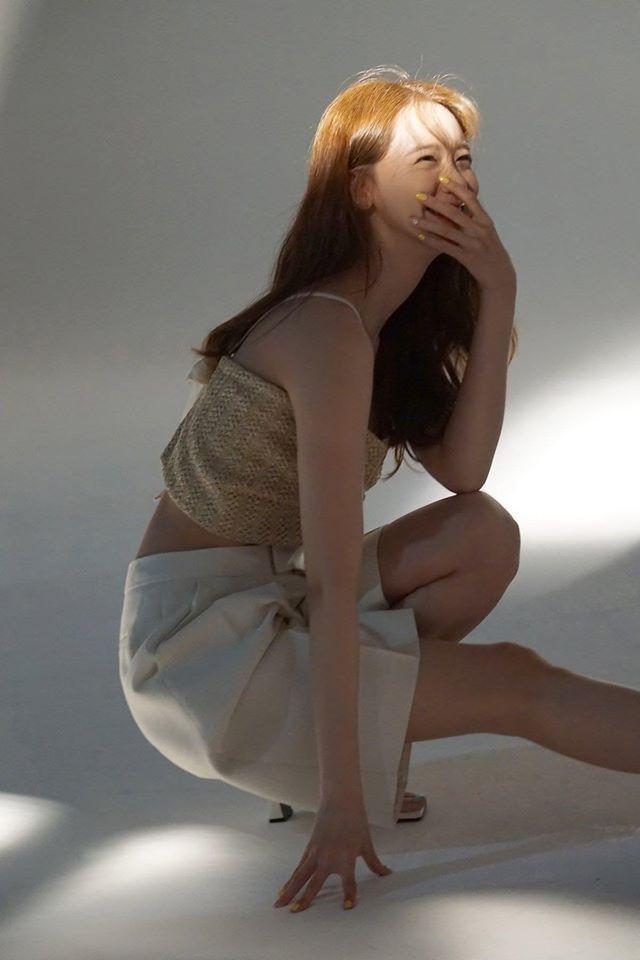 Bộ ảnh hậu trường sinh nhật lần thứ 30 của Yoona (SNSD) được tung ra, fans nô nức vô nhận vợ, nhận chồng: 'Ai nói nhạt chứ nhạt kiểu này thì mình thích' 0