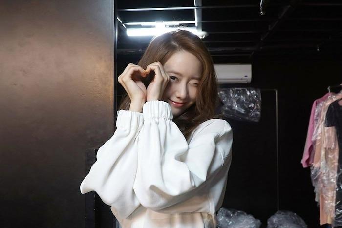 Bộ ảnh hậu trường sinh nhật lần thứ 30 của Yoona (SNSD) được tung ra, fans nô nức vô nhận vợ, nhận chồng: 'Ai nói nhạt chứ nhạt kiểu này thì mình thích' 3