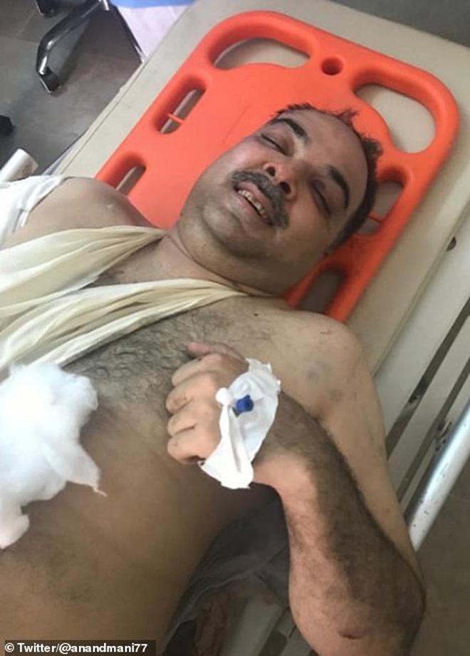 Cơn ác mộng của người may mắn sống sót sau vụ rơi máy bay Pakistan: 'Chỉ toàn khói, lửa và những tiếng thét tuyệt vọng' 0
