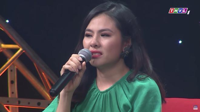 Diễn viên Vân Trang khóc nức nở: 'Cứ nhắc đến là tôi chỉ muốn bỏ nhà mà đi' 2