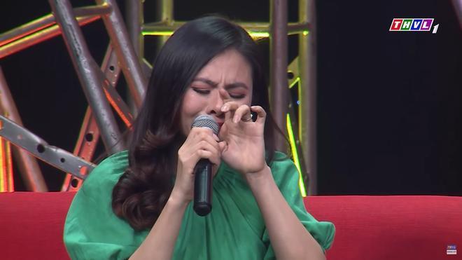 Diễn viên Vân Trang khóc nức nở: 'Cứ nhắc đến là tôi chỉ muốn bỏ nhà mà đi' 3