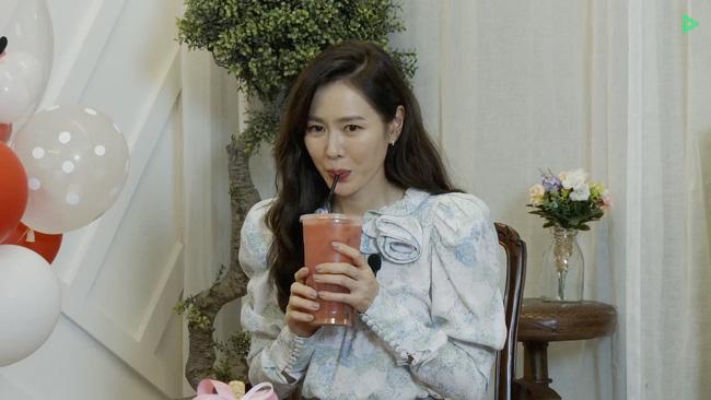 Son Ye Jin khiến fan hụt hẫng khi không mời Hyun Bin dự fanmeeting mà thay bằng nhân vật này 3