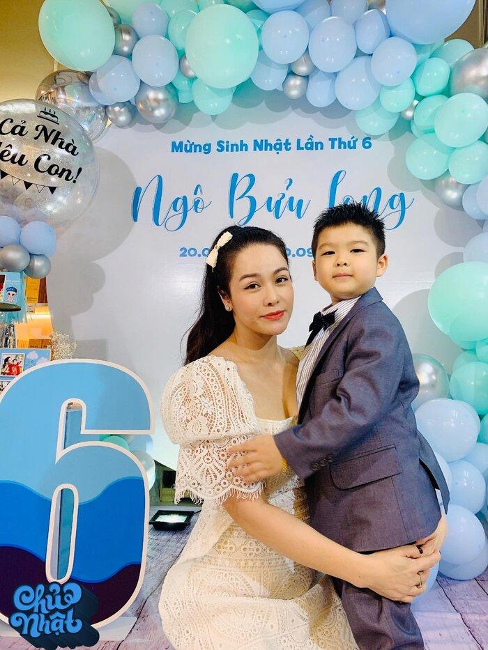 Nhật Kim Anh bị chồng cũ gỡ hết hình chụp với con trai trong tiệc sinh nhật 3
