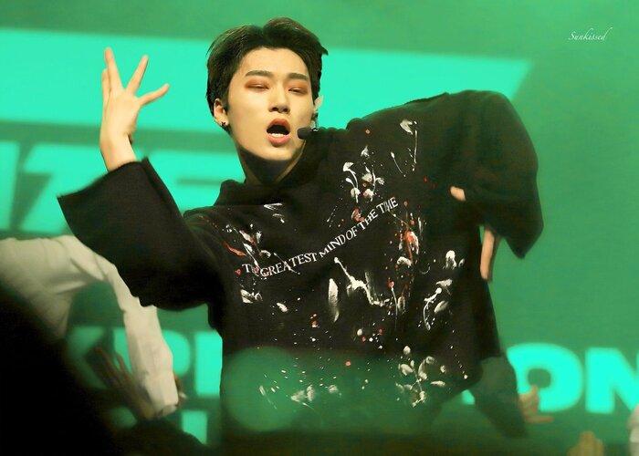 'Điểm mặt gọi tên' những 'thiên tài sân khấu' Kpop thế hệ mới: Nhảy như 'người không xương', thần thái lấn át cả tiêu chuẩn visual 0