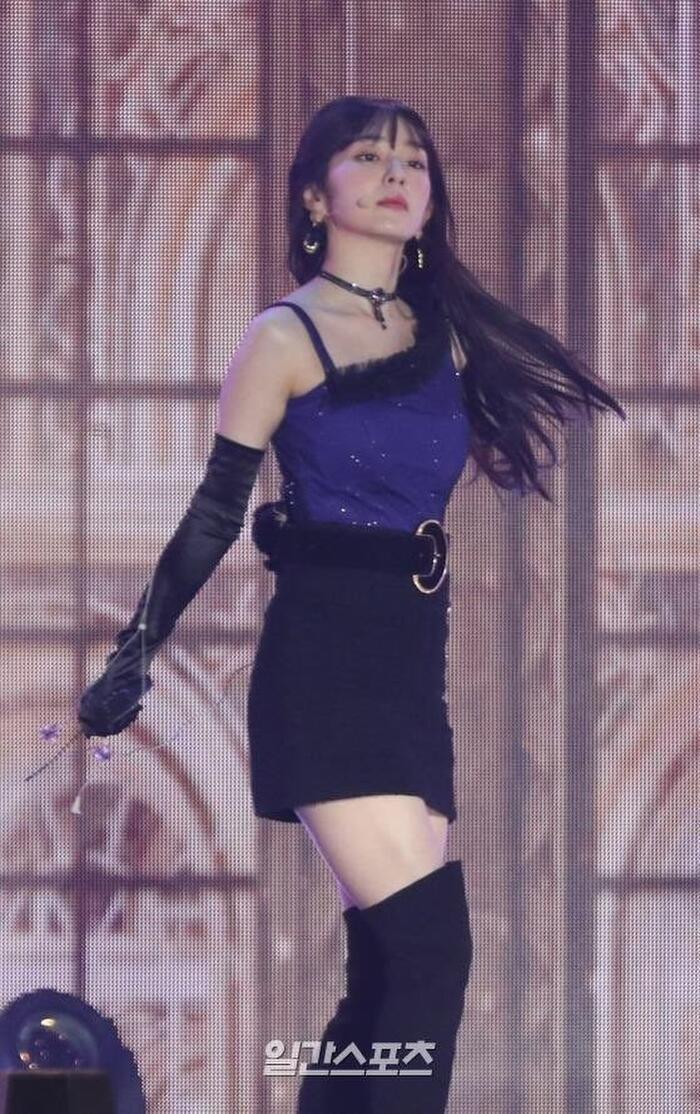 Gặp sự cố khi đang biểu diễn, Irene (Red Velvet) thể hiện phong thái chuyên nghiệp khi xử lí chỉ trong tích tắc 4