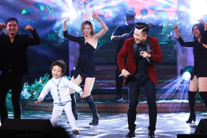 Tuấn Hưng viết tâm thư xúc động khi nhìn ra đam mê sân khấu của con trai Su Hào 1