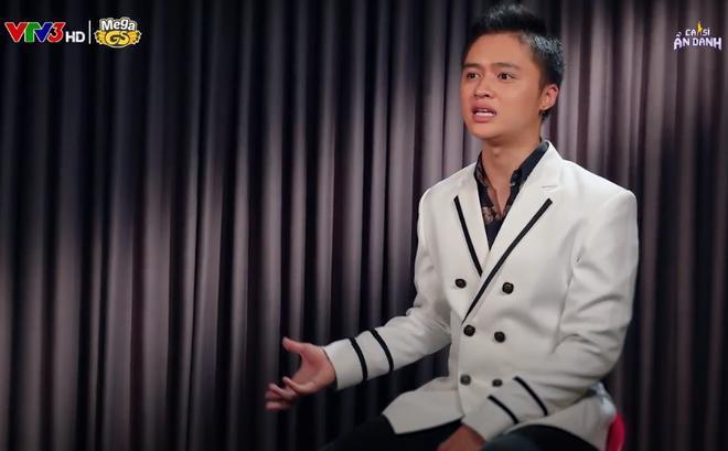 Ca sĩ Đào Ngọc Sang: Suýt chết vì sập sân khấu, bị khán giả ném trứng, giày dép lên người 0