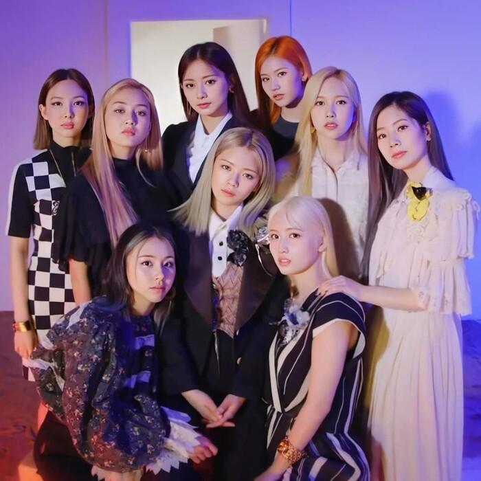Twice chúc mừng 5 năm debut: Tiết lộ những thói quen gây sốc của từng thành viên 12