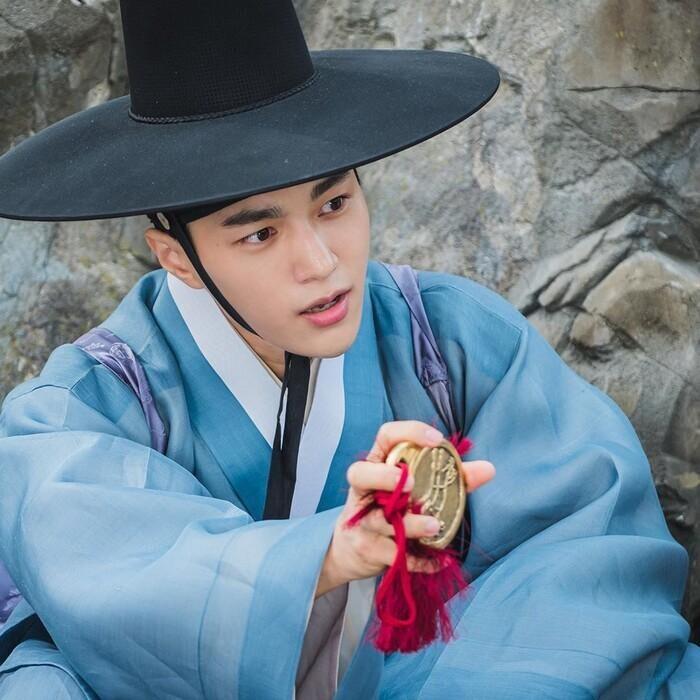 Kwon Nara hóa thân kỹ nữ xinh đẹp ngạo kiều trong 'Secret Royal Inspector' 1