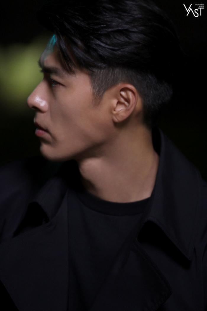 Hyun Bin đẹp đến mức nào mà khiến Son Ye Jin mê mẩn 5
