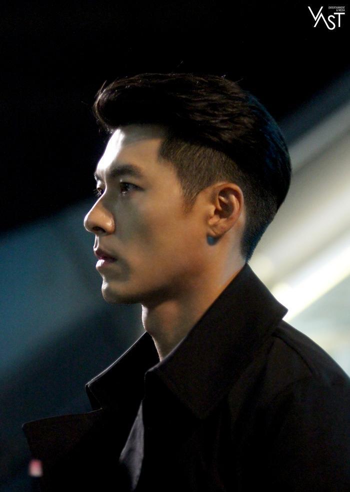 Hyun Bin đẹp đến mức nào mà khiến Son Ye Jin mê mẩn 11