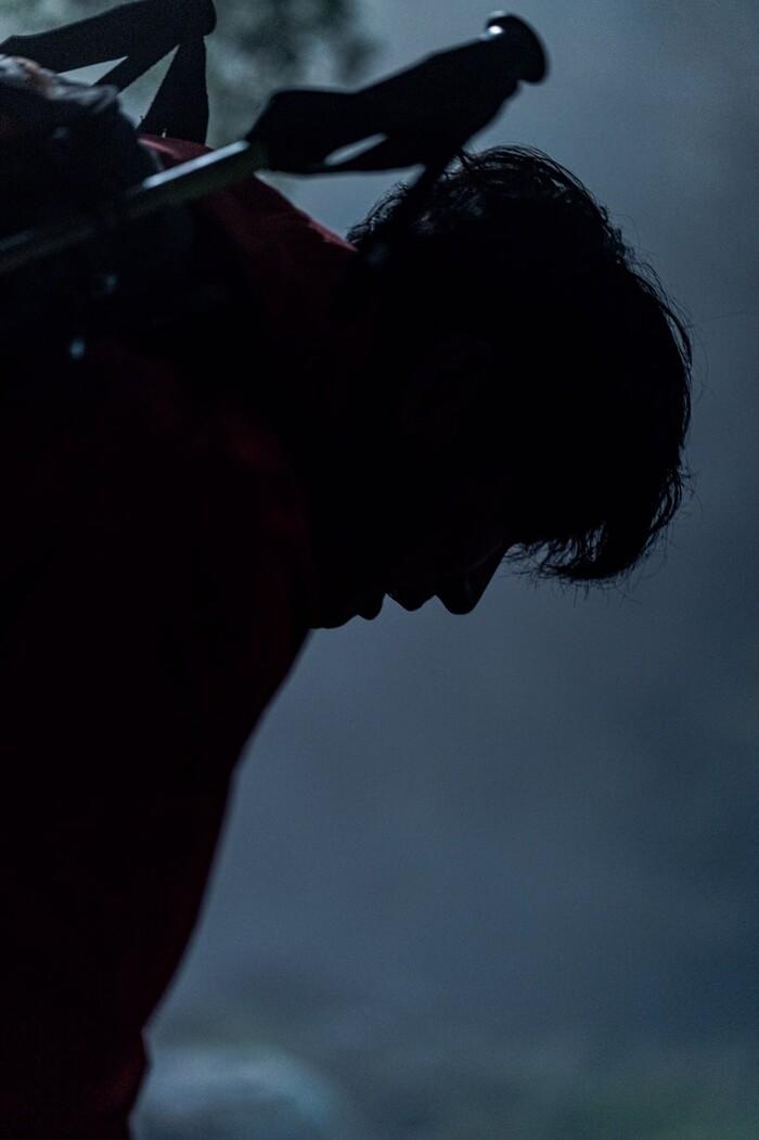 Lộ ảnh hiếm hoi của Jeon Ji Hyun - Joo Ji Hoon trong phim của đạo diễn 'Hậu duệ mặt trời' 8