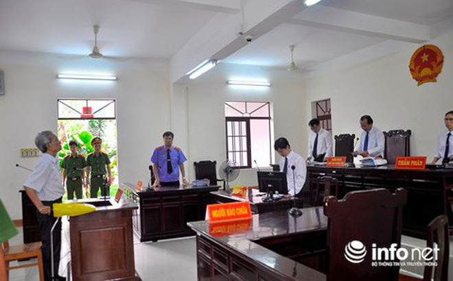 Bị cáo Nguyễn Khắc Thủy tại phiên tòa xét xử phúc thẩm ngày 11/5.