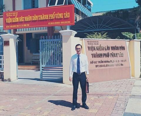 Luật sư Lê Ngọc Luân (hãng luật Gold Key).