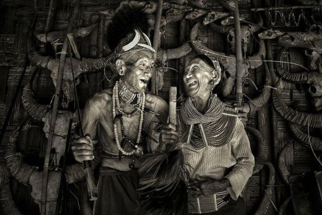 Được hỏi 'tình yêu là gì', nhiếp ảnh gia người Việt và đồng nghiệp liền đáp lại bằng loạt ảnh ấn tượng 3
