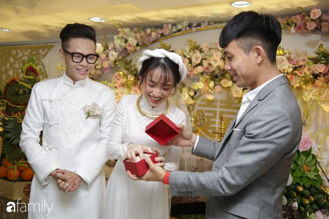 Con gái Minh Nhựa bất ngờ chia sẻ về mẹ chồng ngày đầu làm dâu, úp mở khi được hỏi 'Có phải cưới chạy bầu?' 0