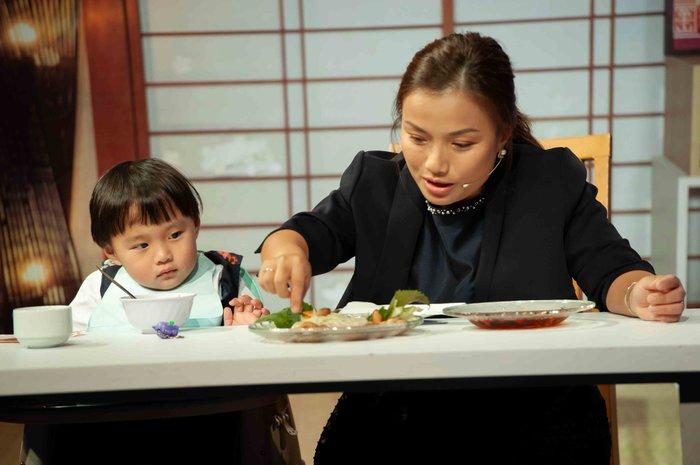 Quỳnh Trần JP lần đầu tiết lộ ý nghĩa tên 'bé Sa' và điều từng làm mỗi đêm vì nỗi ám ảnh mất con 5