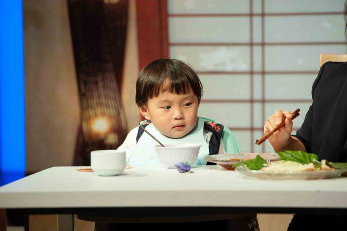 Quỳnh Trần JP lần đầu tiết lộ ý nghĩa tên 'bé Sa' và điều từng làm mỗi đêm vì nỗi ám ảnh mất con 3