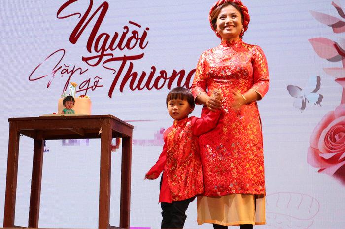 Quỳnh Trần và bé Sa tại buổi offline tại Việt Nam cách đây vài ngày.