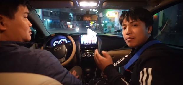Vlogger NTN đã chia sẻ mình mới kết thúc thử thách từ Bắc vào Nam bằng taxi