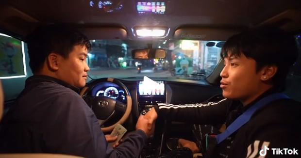 Thử thách đi taxi từ Bắc vào Nam của NTN đã thành công tốt đẹp với 7 ngày đêm và chi phí lên đến 32 triệu đồng