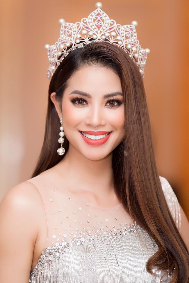 Hoa hậu H'Hen Niê: Chưa check tin nhắn Facebook nên không biết Phạm Hương đã chúc mừng hay chưa 2