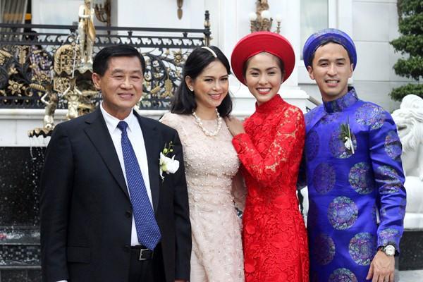 Tăng Thanh Hà rất được lòng bố mẹ chồng.