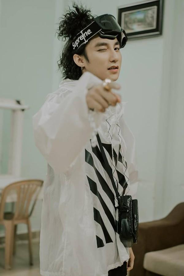 Jay Park bất ngờ follow Instagram của Sơn Tùng M-TP, Sky lại râm ran câu chuyện hợp tác… 1