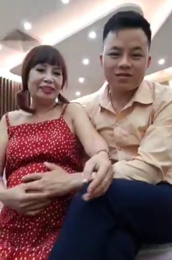 Cô dâu Thu Sao tuyên bố mang thai ở tuổi 63 khiến nhiều người cực sốc.