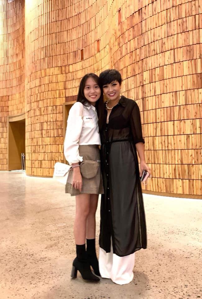 Mới 14 tuổi, con gái Phương Thanh đã sở hữu chiều cao khủng, hứa hẹn là ứng cử viên Hoa hậu trong tương lai 0