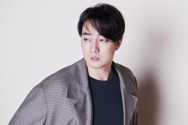 Mê mệt trước ngoại hình điển trai đúng chuẩn mỹ nam của các 'ông chú U40' của làng giải trí Hàn Quốc 29