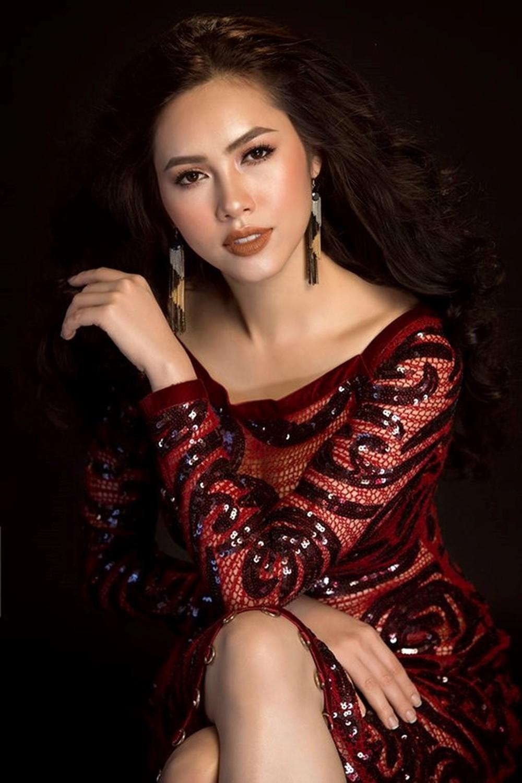 Nhan sắc quyến rũ của cô gái từng có mối tình sâu đậm với Phillip Nguyễn.
